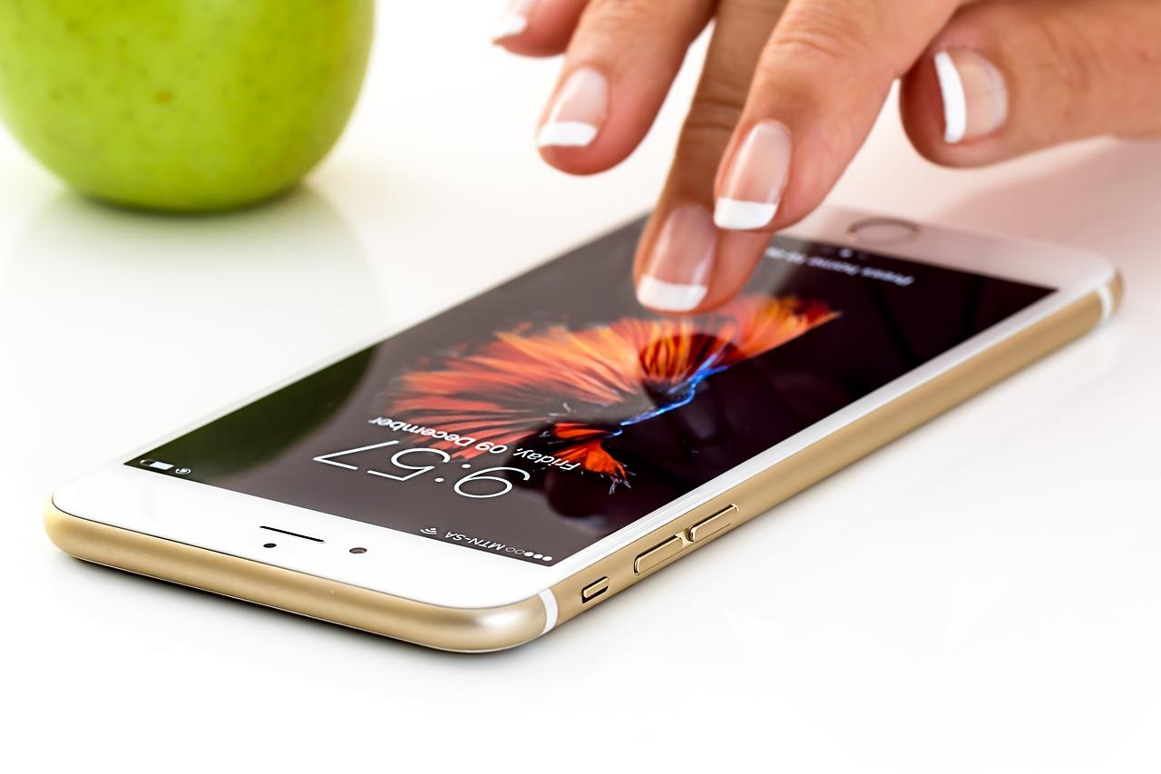 Case na telefon komórkowy: jaki kupić?