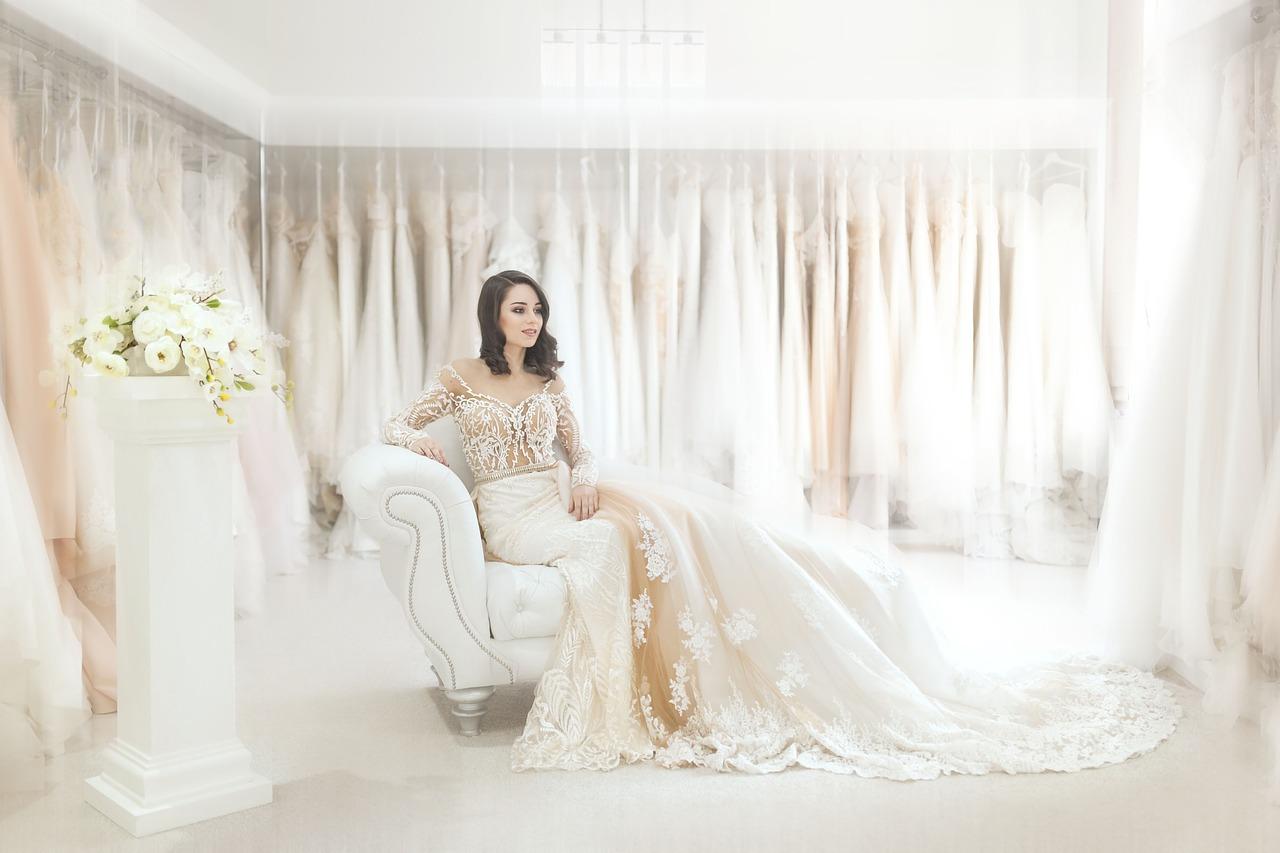 Dobra propozycja sukienek na wesele