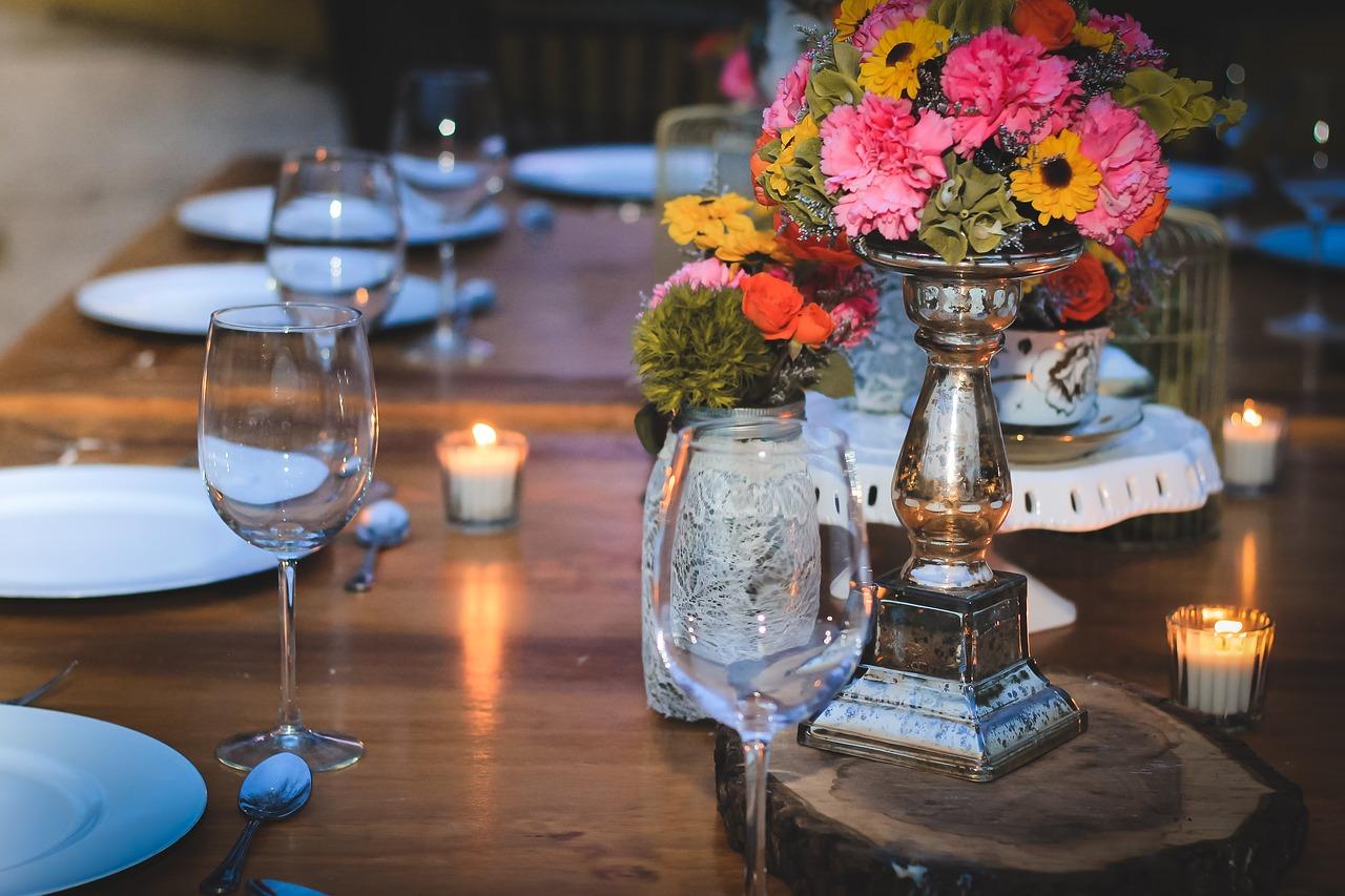 Namioty weselne: alternatywa dla tradycyjnej sali weselnej