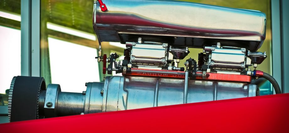 Części do maszyn Catepillar i Komatsu